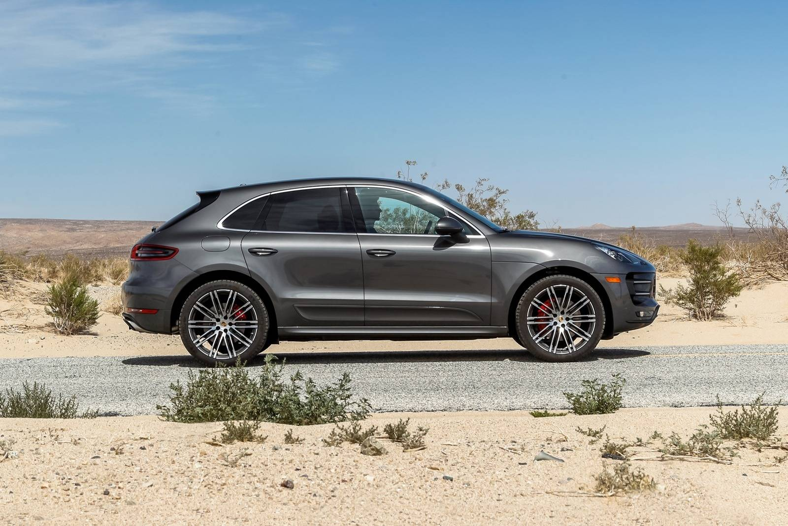 2018 porsche macan lease special eminent auto leasing. Black Bedroom Furniture Sets. Home Design Ideas